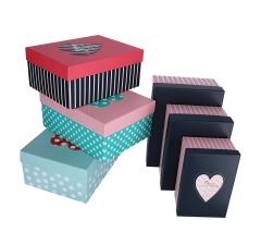 Комплект из 3 коробок подарочных красный h 13cm l 29cm d 22cm 8P5601